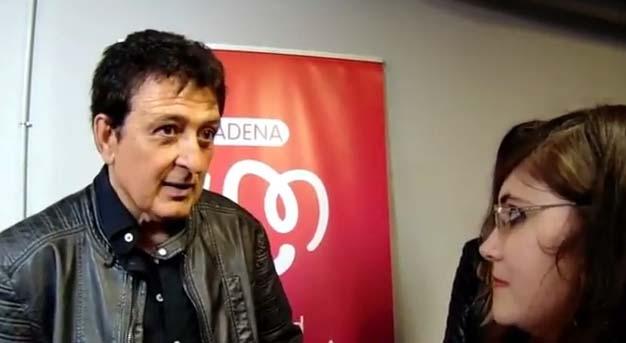 Entrevista a Manolo García, de entre otros, en la Noche de Cadena 100