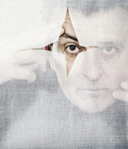 """Manolo García: """"aunque suene cursi, soy una persona empeñada en el oficio de vivir"""""""