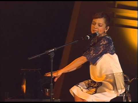 Cursis melodías, Manolo García y Natalia Lafourcade 2010